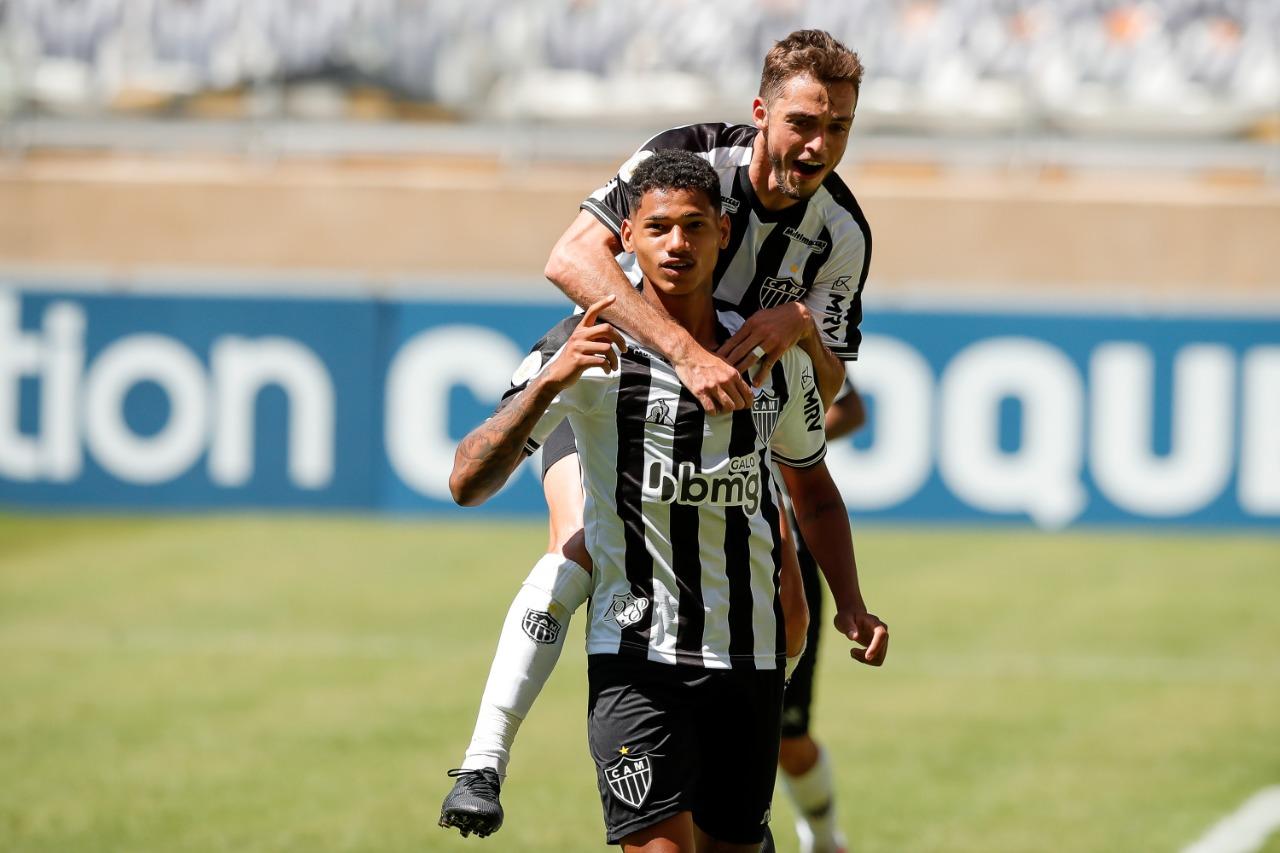 Marrony marca duas vezes contra o Ceará (Imagem Bruno Cantini Atlético)