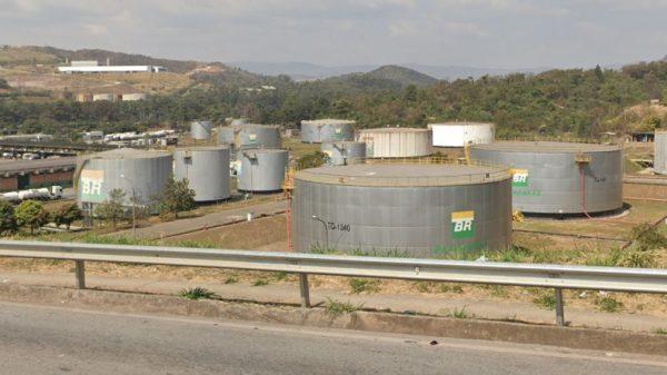 Vista da Refinaria Gabriel Passos (Regap), em Betim