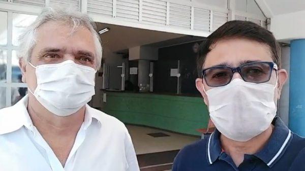 Candidato Junio Araújo ao lado do médico Eduardo Silva e Silva 1.out.2020 (Imagem Reprodução/Instagram)