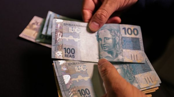 Notas de R$ 100