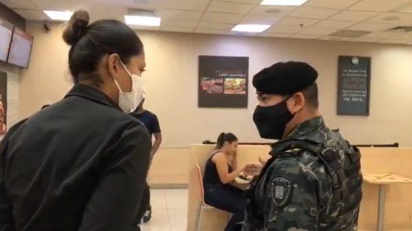 14.jan.2021 - Fiscalização da Guarda Municipal e Vigilância em Saúde em lojas de shopping em Betim (Imagem Reprodução PMB)
