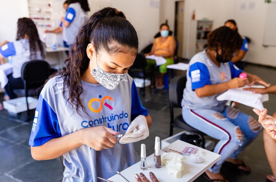 Ramacrisna abre vagas em cursos gratuitos (Imagem Produtora Antenados/Divulgação)
