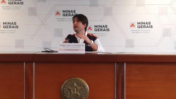 Secretário de estado de Saúde, Fábio Baccheretti, fala sobre a situação da pandemia em Minas (Imagem Reprodução Governo de Minas