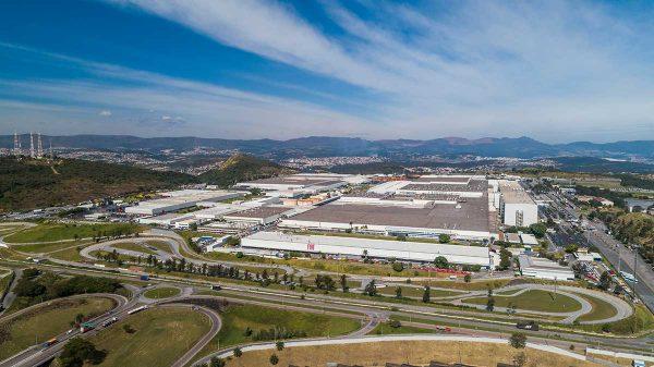 Vista aérea do Polo Automotivo da Fiat em Betim (Imagem Fiat/Divulgação)