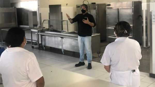 Capacitação no Restaurante Popular de Betim (MG)