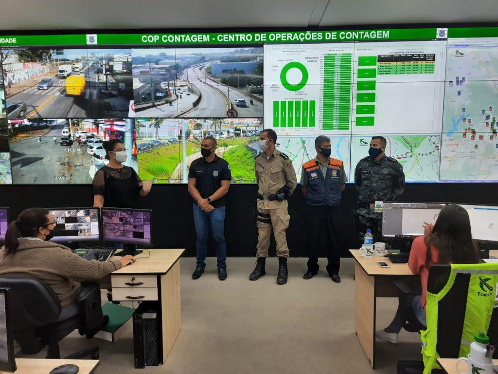 Representantes da PM e da Prefeitura de Betim visitam Centro de Operações de Contagem e debatem projeto de segurança (Imagem Prefeitura de Contagem/Divulgação)