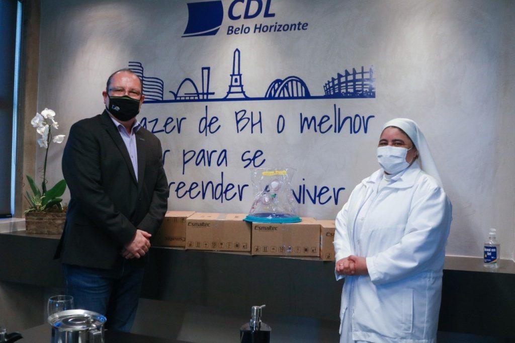 CDL BH doa capacetes ELMO para Hospital Madre Teresa