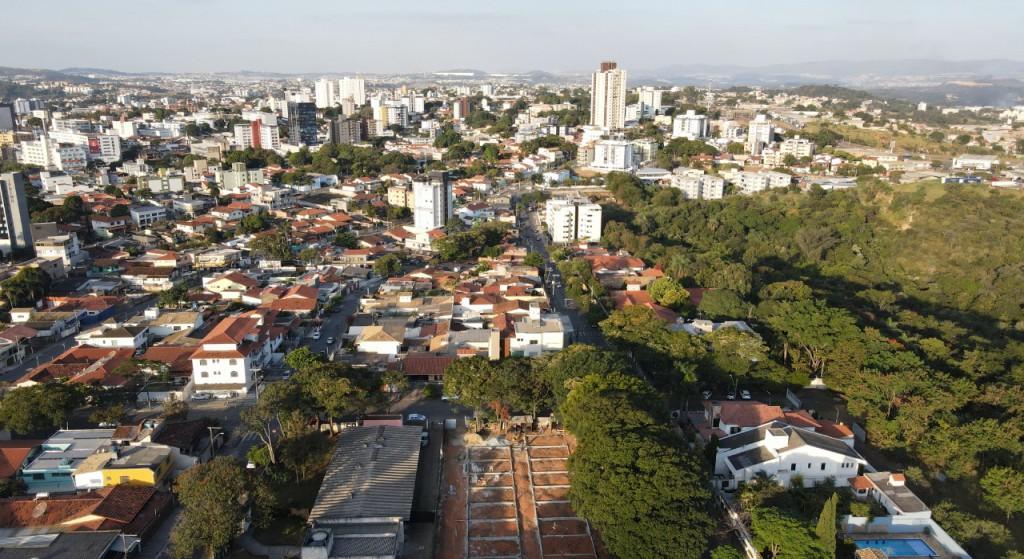 Vista aérea da região central de Betim (MG)