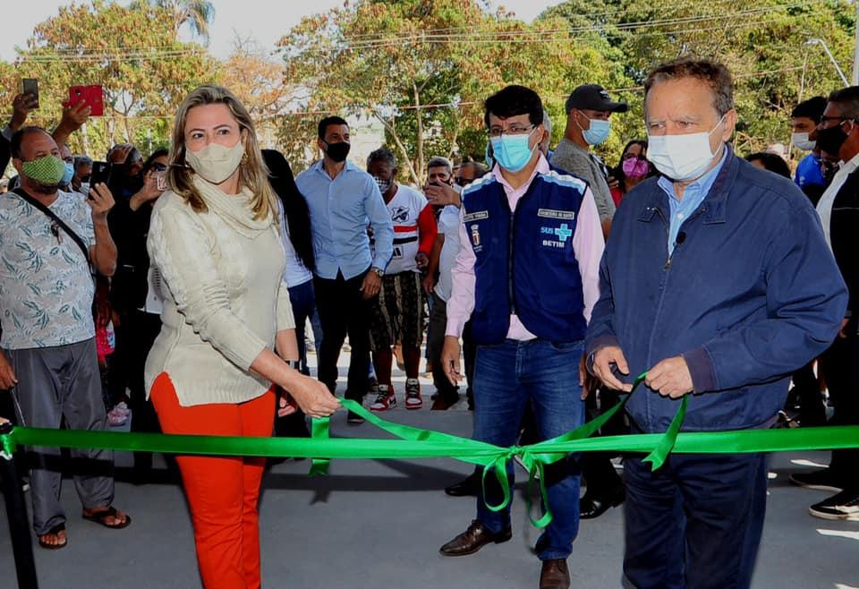Prefeito Vittorio Medioli, vice-prefeita Cleusa Lara e secretário de Saúde Augusto Viana inauguram UPA Alterosas (Betim)