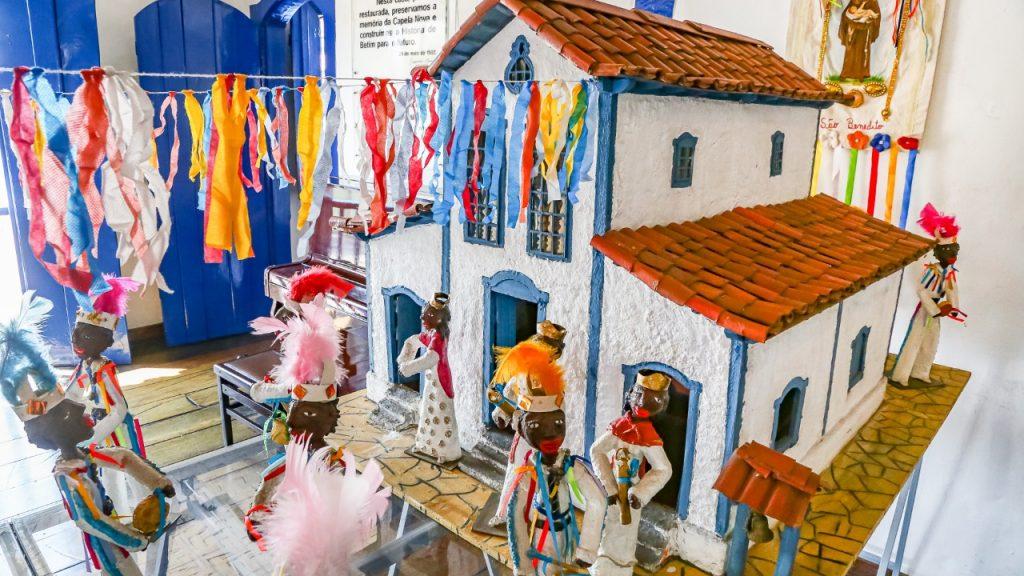 Casa da Cultura reabre com exposição sobre congado - Foto: Lucas Pinho/Divulgação