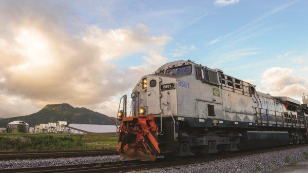 Locomotiva da empresa VLI